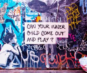 جانبك الطفولي الذي لم ينضج بعد .. الطفل الداخلي